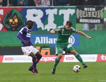 Stefan Schwab verletzte sich im verlorenen Derby gegen die Austria