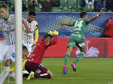 Rapid mühte sich zu einem knappen 2:1-Sieg gegen den Zweitligisten