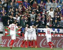 Titelverteidiger Sevilla ist im eigenen Stadion nur schwer zu biegen
