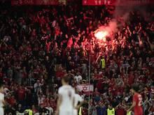 Strafe für Liverpool wegen Zündens von Pyrotechnik