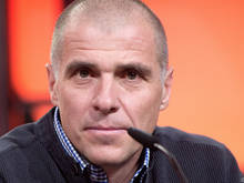 Wacker-Trainer Klaus Schmidt ist zuversichtlich