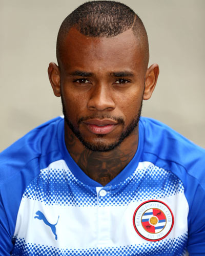The 25-year old son of father John Bacuna and mother(?), 187 cm tall Leandro Bacuna in 2017 photo