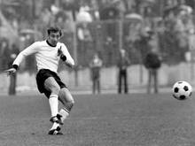 Horst-Dieter Höttges in einem Länderspiel der DFB-Elf am 12. Mai 1973