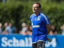 Schalke-Coach André Breitenreiter würde gerne noch drei neue Spieler einkaufen. Foto: Bernd Thissen