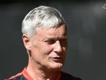 Frankfurts Trainer Armin Veh will Planungssicherheit