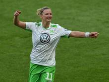 Die Wolfsburgerin Alexandra Popp verlängerte ihren Vertrag