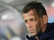 Griechenlands Nationaltrainer Michael Skibbe sieht starken Optimierungsbedarf