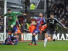 Oscar (r.) erzielte den Treffer zum 1:0 für den FC Chelsea