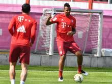 Jérôme Boateng kann endlich wieder gegen den Ball treten