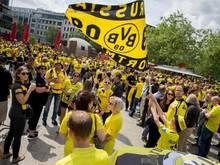 Die BVB-Fans treffen sich am Breitscheidplatz