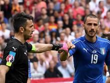 Gigi Buffon und Leonardo Bonucci (r.) gehören längst zum Inventar der Azzurri