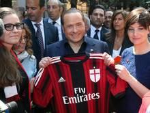 Eine Investorengruppe kauft Milan von Silvio Berlusconis Familienholding