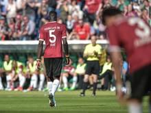 Hannovers Salif Sané verlässt im Spiel gegen Stuttgart nach der Roten Karte den Platz