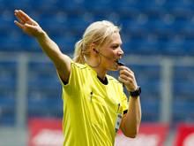 Schiedsrichterin Bibiana Steinhaus darf das Champions-League-Finale der Frauen leiten