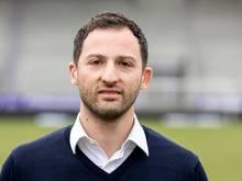 Domenico Tedesco wird Nachfolger des beim FC Schalke 04 entlassenen Markus Weinzierl.
