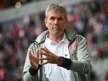 Friedhelm Funkel schwimmt mit Fortuna Düsseldorf auf einer Welle des Erfolgs