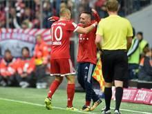 Arjen Robben rannte nach seinem Treffer zu Teamkollege Franck Ribéry