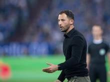 Domenico Tedesco will mit Schalke zumindest für einen Tag auf Platz vier  vorrücken