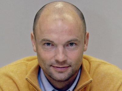 Uwe Rösler, bei Manchester City eine Legende, wird als Trainer von Wigan Athletic gehandelt - urn-newsml-dpa-com-20090101-131206-99-01036_medium_4_3