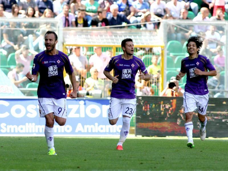 Der AC Florenz um Stürmer Alberto Gilardino (l.) zieht in die Europa League ein