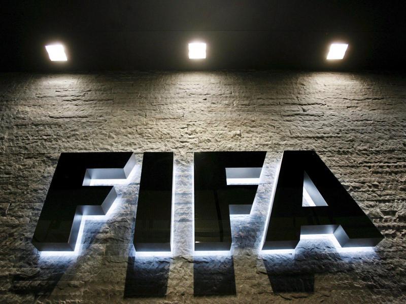 Das FIFA-Exekutivkomitee lehnte eine Änderung der Dreifachbestrafung ab. Foto: Steffen Schmidt