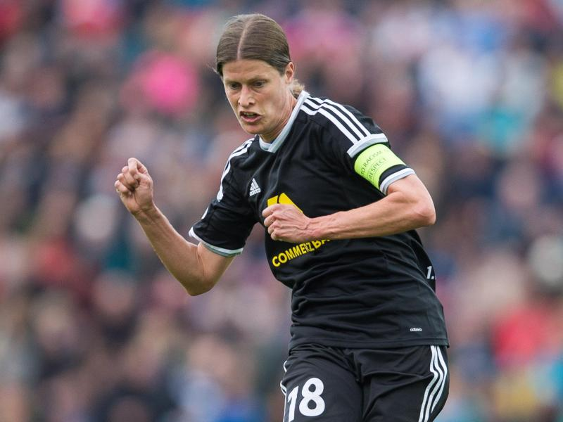 Kerstin Garefrekes macht ihr letztes Spiel für den 1. FFC Frankfurt