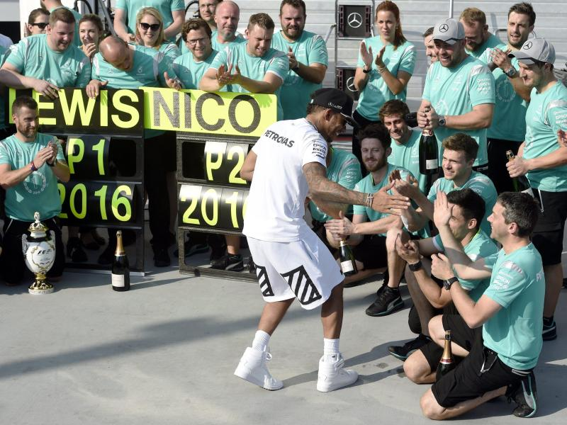 Lewis Hamilton ist neuer WM-Führender