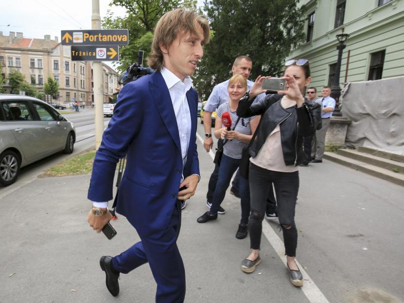 Luka Modrić kommt am Gericht in Osijek an