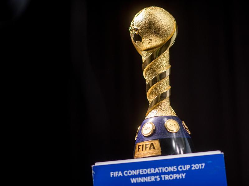 Confed-Cup-Fluch: Jogi, hol bloß nicht diesen Pokal nach Deutschland!