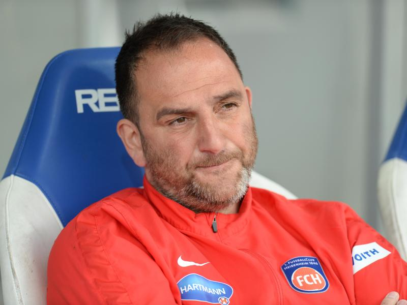 Trainer Frank Schmidt begrüßte zum Auftakt 26 Spieler. Foto: Deniz Calagan