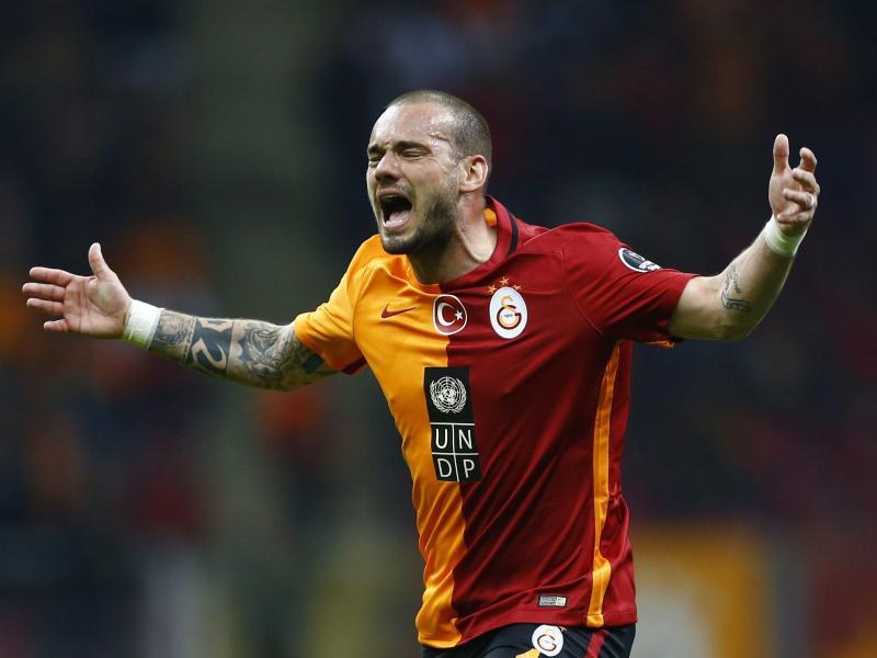 Galatasaray trennt sich nach Medienberichten von Wesley Sneijder