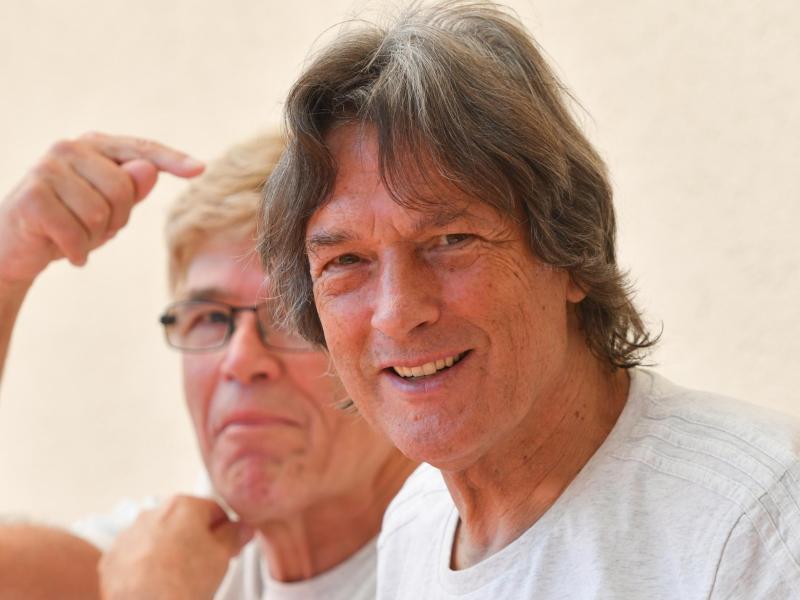DFB-Mannschaftsarzt Hans-Wilhelm Müller-Wohlfahrt (r.) feiert 75. Geburtstag