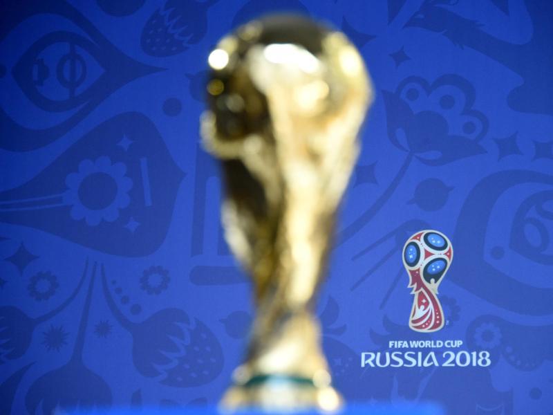 Der WM-Pokal wird 2018 in Russland ausgespielt