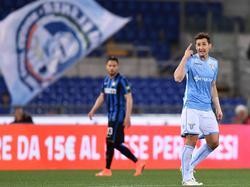 Miroslav Klose (r.) erzielte den Führungstreffer für Lazio