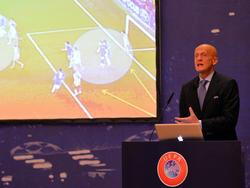Pierluigi Collina ist Chef der UEFA-Schiedsrichterkommission