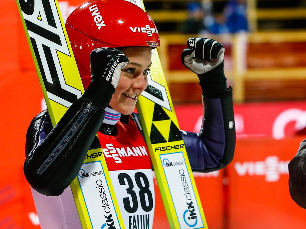 Skispringerin Vogt holt erneut WM-Gold