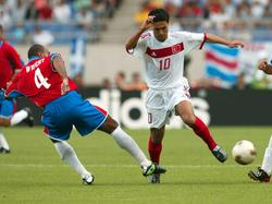 Yildiray Bastürk (r.) absolvierte 49 Länderspiele für die Türkei