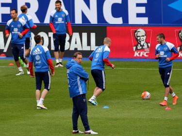 Die russische Nationalmannschaft wurde im Trainingslager überprüft