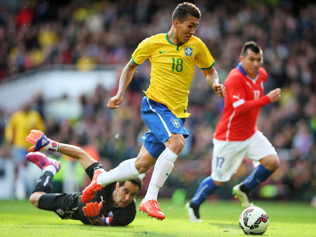 matchs amicals acutalit s firmino fires brazil in feisty friendly. Black Bedroom Furniture Sets. Home Design Ideas
