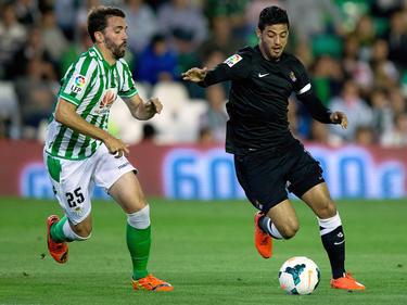 Jordi Figueras (l.) spielt ab sofort beim Karlsruher SC