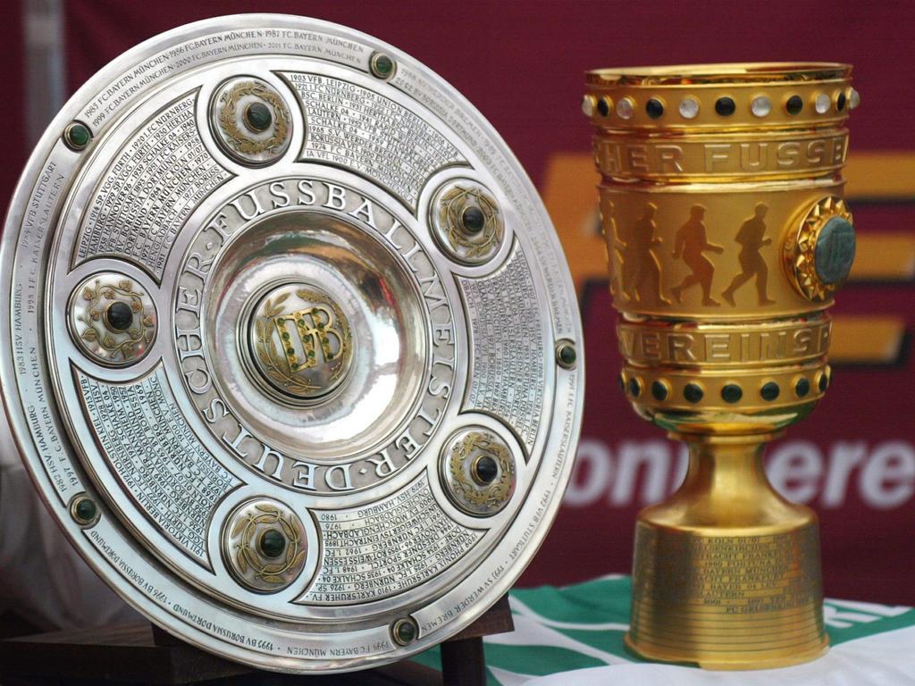 Reproduktionen der Meisterschale und des DFB-Pokals wurden gestohlen