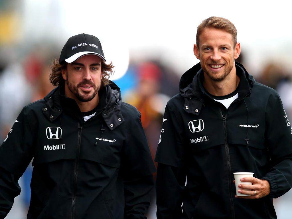 Fernando Alonso (l.) schätzt Jenson Button