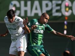 Wellington Paulista (re.) hat Chapecoense zum Sieg geschossen