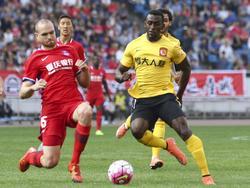 Chongqing schlägt den Meister