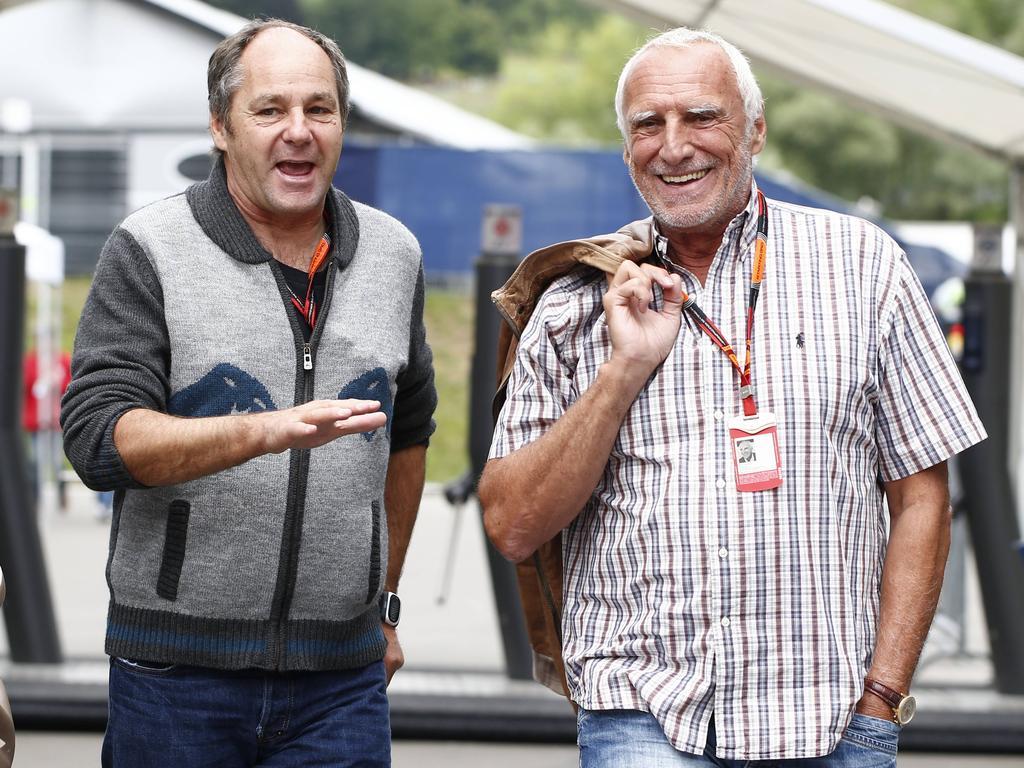 Gerhard Berger (l.) glaubt nicht, dass Dietrich Mateschitz (r.) genug von der Formel 1 hat