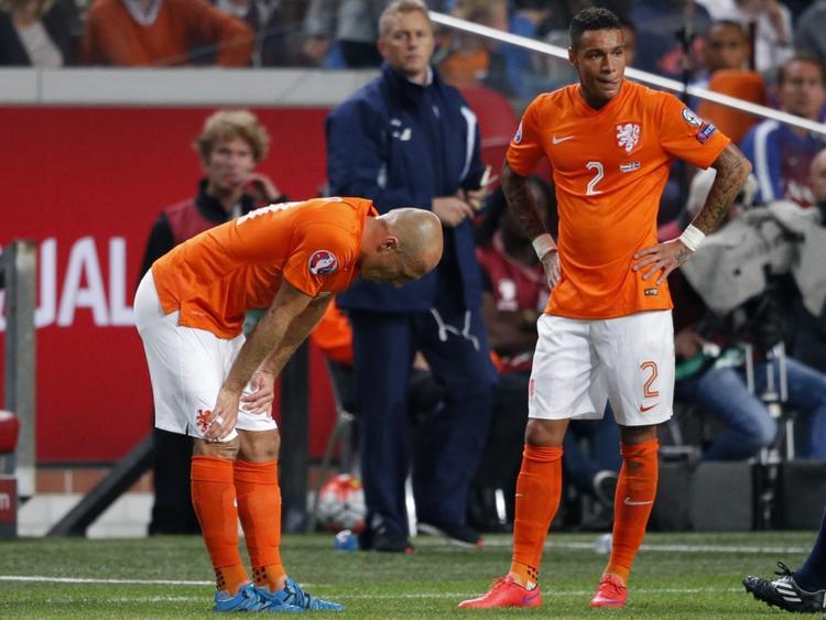 Arjen Robben (l.) musste verletzt ausgewechselt werden