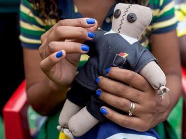 Schiri, wir wissen, wo deine Voodoo-Puppe ist
