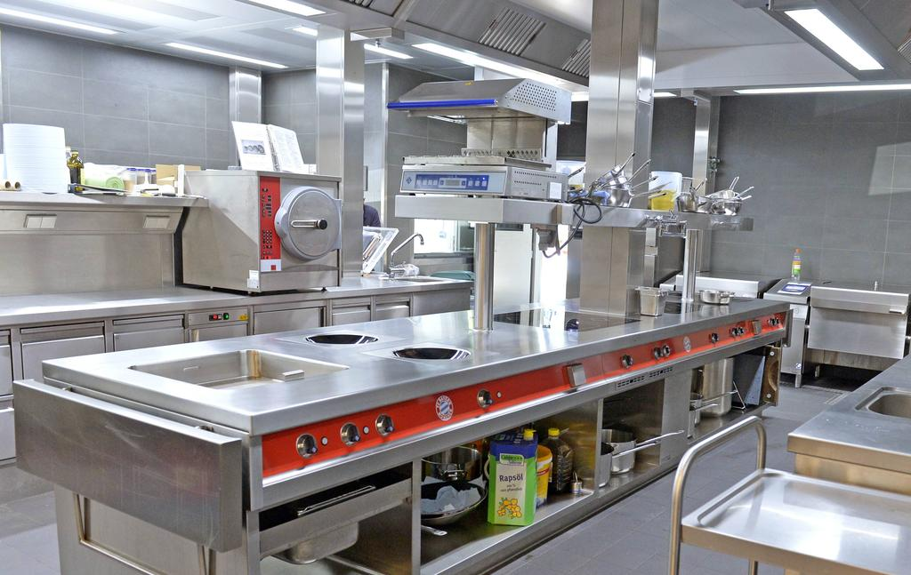 Die große Küche der Akademie