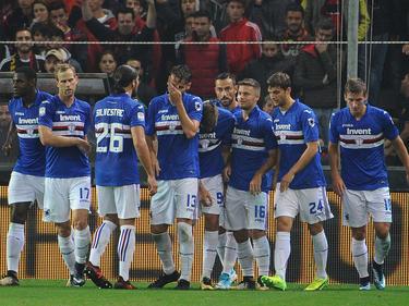 Los futbolistas de la Sampdoria tomaron el campo de su vecino. (Foto: Getty)