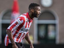 David Mendes da Silva maakt speelminuten namens Jong Sparta Rotterdam tijdens het competitieduel met Barendrecht (03-09-2016).